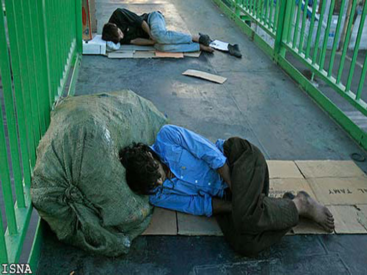 زندگی بر سنگ فرش خیابان