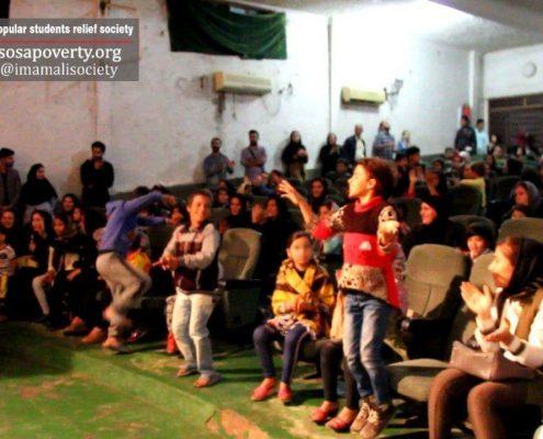 برگزاری جشن یلدا برای ۱۵۰ نفر از کودکان حاشیهی شهر اهواز و تعدادی از خانوادههای ایشان