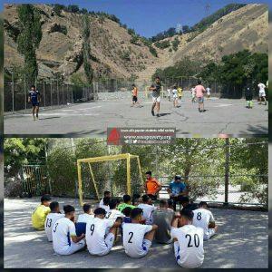 تمرین صبحگاهی تیم فوتبال جوانان پرشین ساری در خوابگاه برای آمادگی در بازی امروز