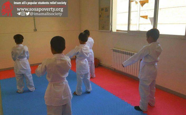 کلاس کاراته خانه ایرانی احمدآباد مستوفی