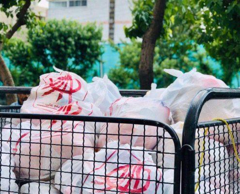 توزیع کیسه های کوچه گردان عاشق در محله سرآسیاب
