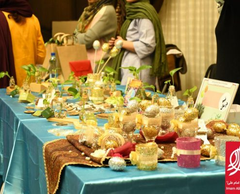 غرفه تیم درمان جمعیت امام علی در نهمین بازارچه خیریه بوی عیدی